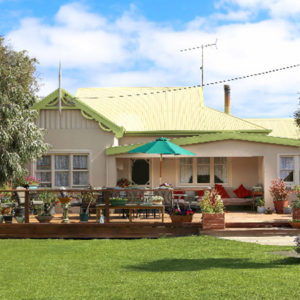 King Island Green Ponds Guesthouse and Cottage B & B